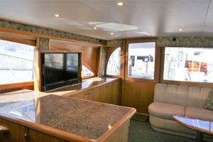 62' Titan 62 Custom Carolina Sportfish 2004 Salon Starboard Aft and Entry