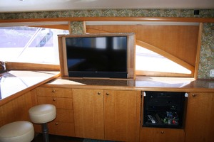 62' Titan 62 Custom Carolina Sportfish 2004 Salon TV and Entertainment