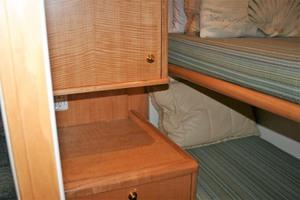62' Titan 62 Custom Carolina Sportfish 2004 Guest/Crew Dresser
