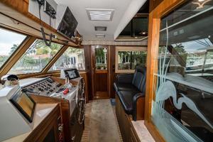 63' Hatteras 63 Cockpit Motor Yacht 1987 Wheel House Stbd