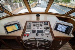 63' Hatteras 63 Cockpit Motor Yacht 1987 GPS and FLIR Thermal Camera