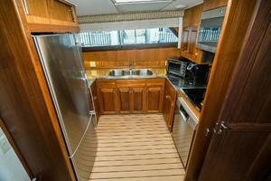 63' Hatteras 63 Cockpit Motor Yacht 1987 Galley to Port