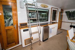 63' Hatteras 63 Cockpit Motor Yacht 1987 Aft deck Forward