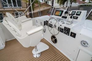 63' Hatteras 63 Cockpit Motor Yacht 1987 Upper Helm 1