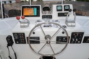 63' Hatteras 63 Cockpit Motor Yacht 1987 Upper Helm 2