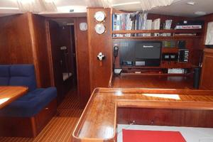 49' Nordia Van Dam 49 1989 Nav and Salon forward