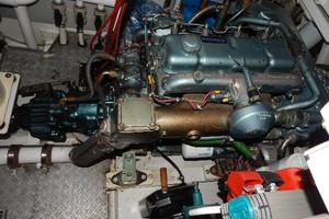 49' Nordia Van Dam 49 1989 Engine room
