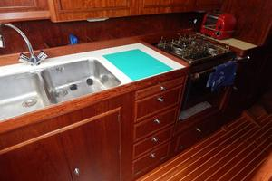 49' Nordia Van Dam 49 1989 Galley3