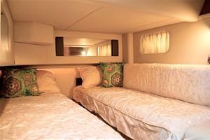 44' Sea Ray 44 Sedan Bridge 2006 Guest Stateroom