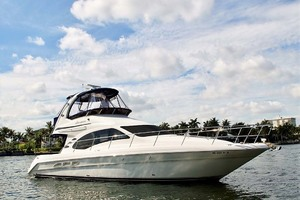 Sea Ray 44'  Sedan Bridge 2006