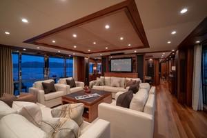 132' Sunseeker 131 Yacht 2010