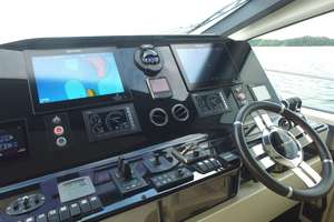 83' Azimut  2016 OKS for sale