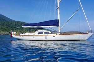 73' Sensation Yachts  1997 Opus 73 at anchor