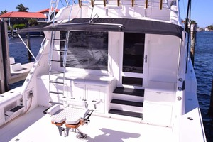 60' Bertram 60 Convertible 1998 Stern View