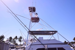 60' Bertram 60 Convertible 1998 Tuna Tower