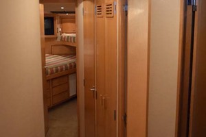 60' Bertram 60 Convertible 1998 Hallway to V-Berth from Midship