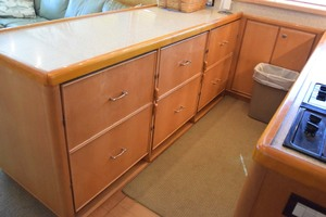 60' Bertram 60 Convertible 1998 4 SubZero Refrigerator Drawers and 2 Freezer Drawers
