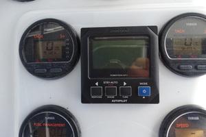 35' Intrepid 356 Cuddy 1999