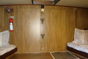 56' Morgan Long Range Cruiser 1971 FORWARD GUEST STATEROOM