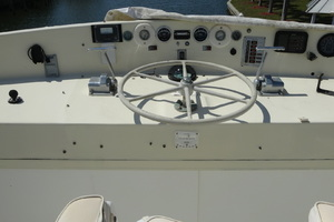 56' Morgan Long Range Cruiser 1971 FLYLBRIDGE HELM