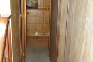 56' Morgan Long Range Cruiser 1971 FORWARD COMPANIONWAY