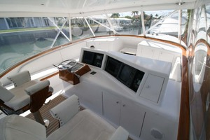 54' Scarborough Ricky Scarborough Custom Carolina Express 2004 Helm Area
