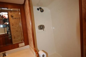 54' Scarborough Ricky Scarborough Custom Carolina Express 2004 Shower
