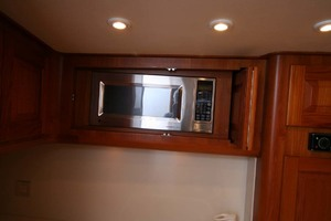 54' Scarborough Ricky Scarborough Custom Carolina Express 2004 Microwave