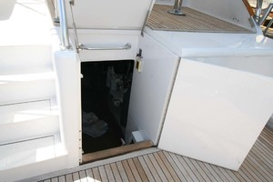54' Scarborough Ricky Scarborough Custom Carolina Express 2004 Engine Room Access