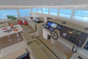 55' Silent-yachts Silent 55 2019 Salon, Galley, Helm