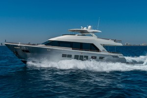 76' Lazzara  2012 Port Profile Running