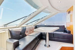 76' Lazzara  2012 Helm Seating