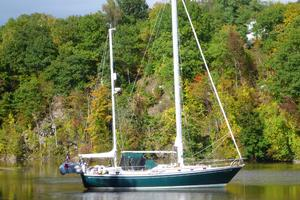 42' Whitby Yachts 42 1973