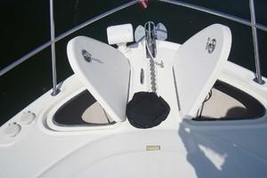 44' Sea Ray Sundancer 2006 Spotlight, Windlass, Anchor Lockers with Washdown