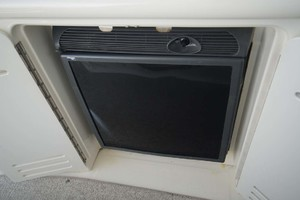 44' Sea Ray Sundancer 2006 Wet Bar Refrigerator