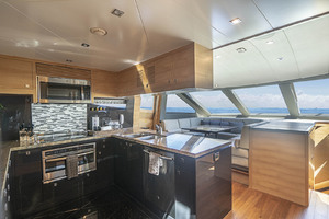 94' Horizon Flybridge Motor Yacht 2016 COUNTRY KITCHEN STYLE GALLEY