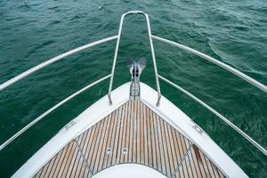 51' Beneteau 49 GT 2014 Windlass and Anchor