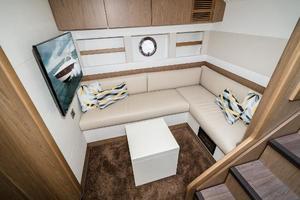 51' Beneteau 49 GT 2014 Lower Salon