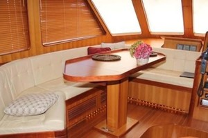 photo of Marlow-70E-Explorer-2004-Bluebonnet-Sarasota-Florida-United-States-Pilothouse-Seating-1129303