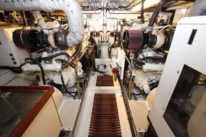 photo of Marlow-70E-Explorer-2004-Bluebonnet-Sarasota-Florida-United-States-Engine-Room-1129312