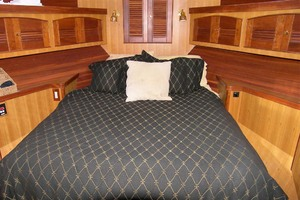 photo of Marlow-70E-Explorer-2004-Bluebonnet-Sarasota-Florida-United-States-VIP-Stateroom-1129308