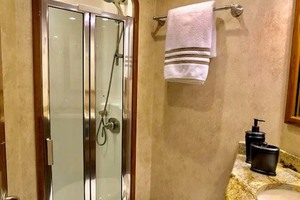 70' Viking Enclosed Bridge 2012 Shower and Head
