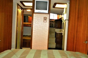 43' Post 43 Sport Fisherman 1989 Master Stateroom - Head - Guest Stateroom - Galley - Salon