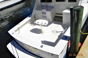 43' Post 43 Sport Fisherman 1989 Dockside Cockpit