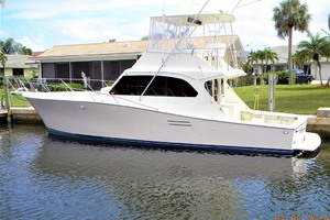 43' Post 43 Sport Fisherman 1989 Dockside Stern Profile
