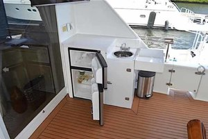 105' Broward Custom Extended 1990 Aft Deck Bar