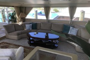105' Broward Custom Extended 1990 Salon to Port