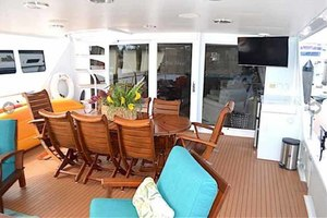 105' Broward Custom Extended 1990 Aft Deck Seating