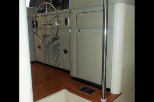 105' Broward Custom Extended 1990 Pilothouse Entrance