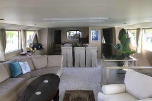 105' Broward Custom Extended 1990 Salon Looking Forward